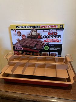 *New* Red Copper Brownie Bonanza Pan by Bulbhead for Sale in Vista,  CA