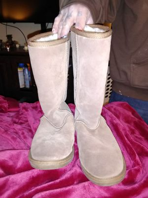 Women's boots for Sale in Hamilton, OH