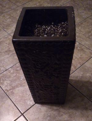 Beautiful plant pot dark brown $8 for Sale in Bakersfield, CA