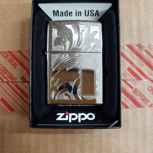 Zippo Bs Scroll Designed High Polished chrome 21138 for Sale in Los Angeles, CA