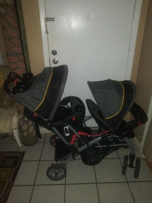 Baby trend sit and stand double stroller for Sale in Carrollton, TX