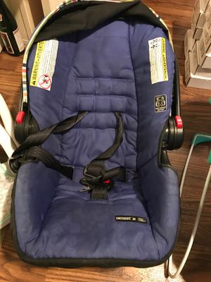 Car seat, bouncer, and sitting chair for Sale in Arlington, TX