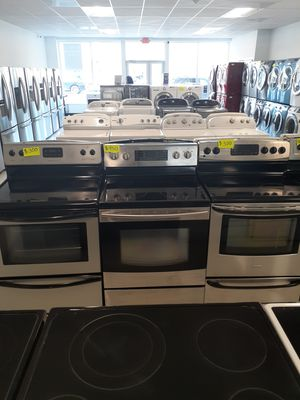 🔥🔥stainless steel electric and gas stoves price starting $300 up 🔥🔥 for Sale in Mount Rainier, MD