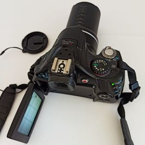 Like New Cannon Powershoy Sx30 Digital Camera With 35x Optical Zoom for Sale in Boynton Beach, FL
