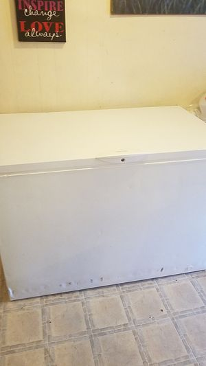 Frigidaire freezer for Sale in Knoxville, TN