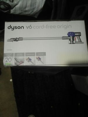 Dyson cordless vacuum for Sale in Denver, CO