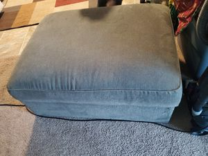Free storage ottoman for Sale in Battle Ground, WA