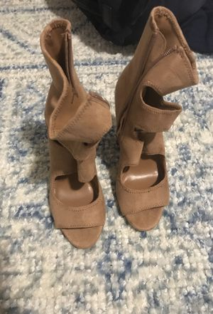 Steve Madden size 8 heels for Sale in Washington, DC