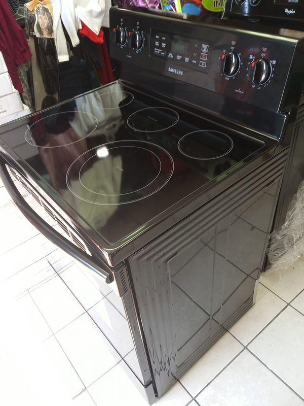 Samsung stove black