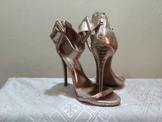 Women's High Heels Size 7 for Sale in Peoria,  IL