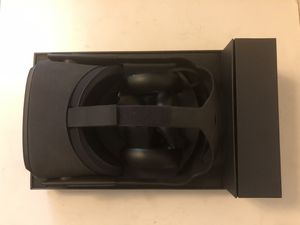 Oculus Quest 64GB for Sale in Seattle, WA