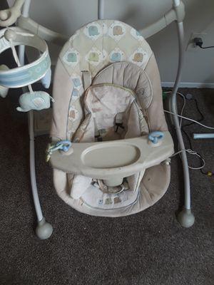 Electric baby swing for Sale in Warren, MI