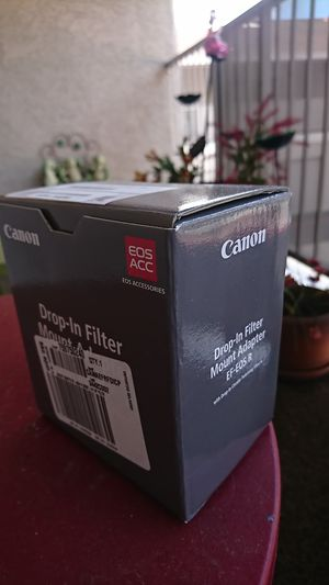 Canon EF-EOS R adapter w drop-in circular polarizer filter Unopened box/New for Sale in Las Vegas, NV