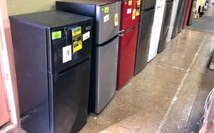 4.5-7.5 cu ft Top Freezer Refrigerators UC2 for Sale in Houston, TX
