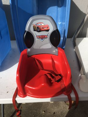 CARS 🚗 BOOSTER SEAT BABY for Sale in Tacoma, WA