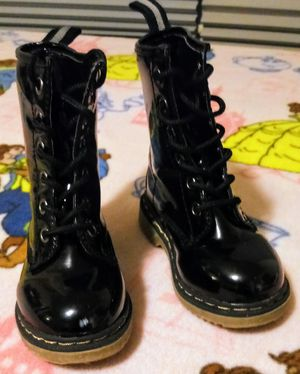 Girls Size 6 lace up black patent leather boots for Sale in Wyomissing, PA