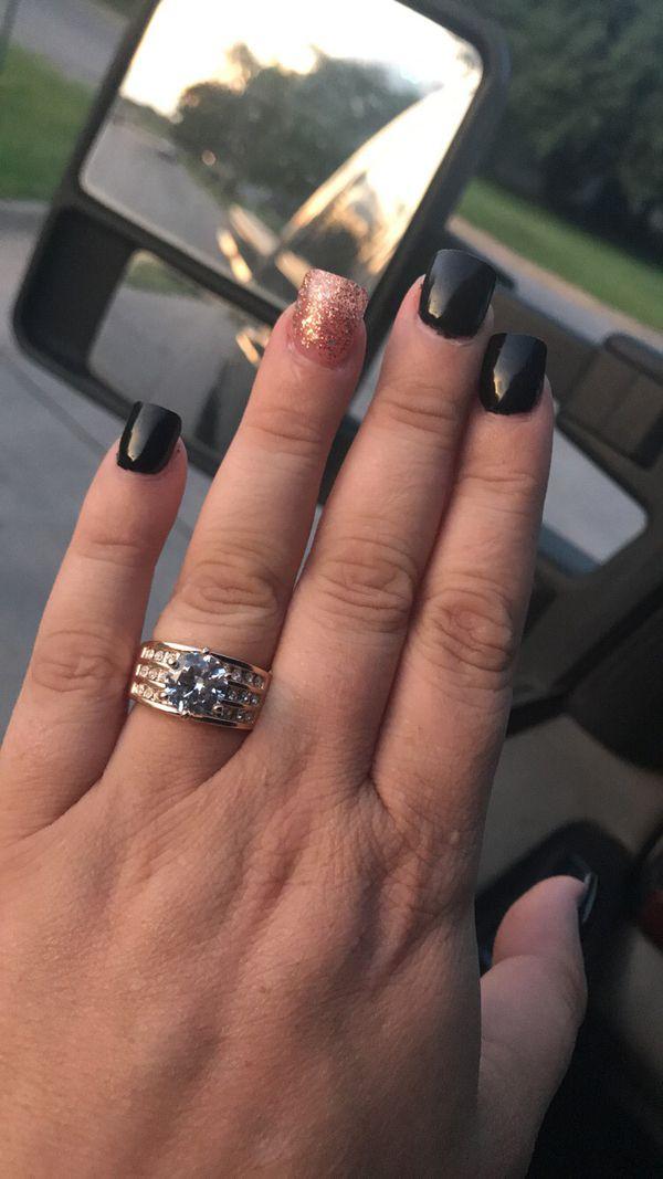 Engagement or wedding ring