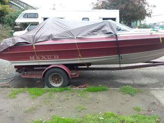 Maxum ski/pleasure boat for Sale in Seattle,  WA