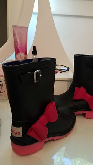 Yo kids rain boots size 12 little girl for Sale in Castro Valley, CA