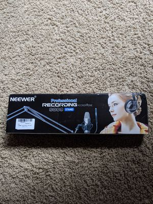 Neewer microphone stand for Sale in Fort Worth, TX