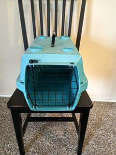 Small pet carrier for Sale in Austin, TX