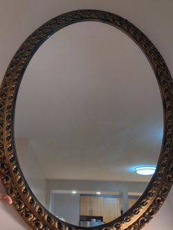 Antique Oval Mirror for Sale in Brooklyn,  NY