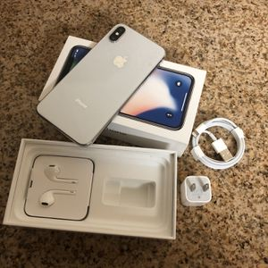 IPHON X 256 GB SILVER for Sale in Brighton, CO
