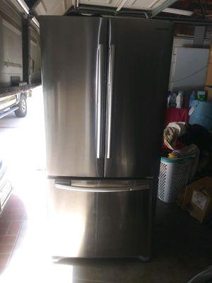 Samsung Refrigerator for Sale in Rialto, CA