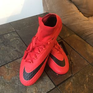 Men's soccer cleats. Nike hypervenom size 11 for Sale in Franconia, VA
