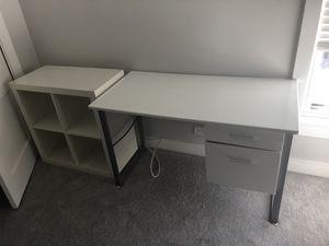 White Desk and Bookshelves for Sale in North Riverside, IL