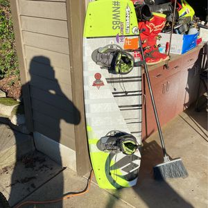 Wakeboard for Sale in Gresham, OR