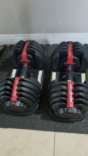 ( EXERCISE FITNESS 365 ) EXELLENT CONDITION PAIR OF BOWFLEX 52.5 ADJUSTABLE DUMBBELLS. GO FROM 5 LBS TO 52.5 IN A MATTER OF SECONDS for Sale in Long Beach, CA