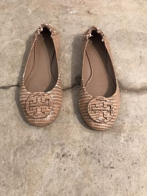 Ladies Michael kors slip on flats size 7.5 for Sale in Chesterfield, MO