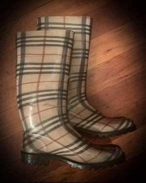 Authentic Burberry Designer Vintage Plaid Rain Boots Marked MADE IN ITALY/ITALIAN European Size 39 Women's 9 Men's 8 Unisex for Sale in San Diego, CA