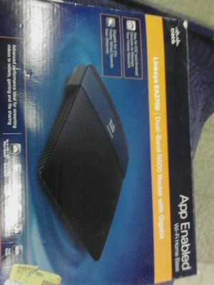Linksys EA2700 dual band N600 router with Gigabit for Sale in Trenton, MI