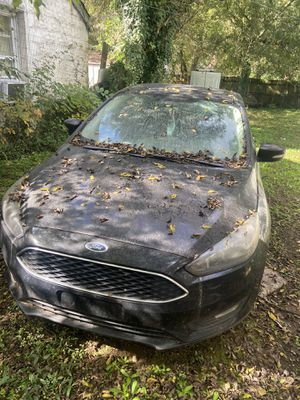 2019 Ford Focus FOR PARTS ... STILL RUNS for Sale in Petersburg, VA