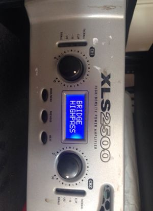Crown xls 2500 high density power amplifier for Sale in Tampa, FL