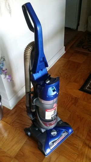 Vacuum cleaner for Sale in Riverdale, MD