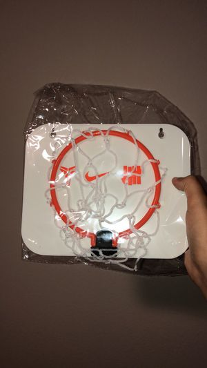 Undefeated Kobe Basketball Hoop for Sale in Los Angeles, CA