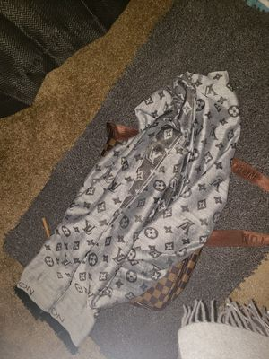 Louis Vuitton Mens/Womens Reversible Scarf for Sale in Santee, CA