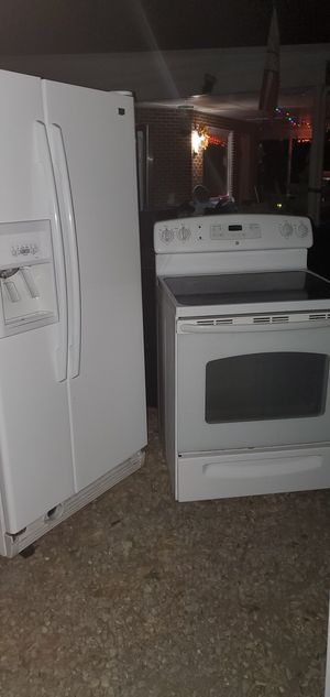 Fridge and stove and stackable for Sale in Cumberland, VA