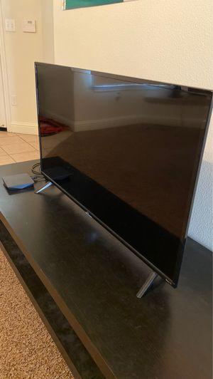 32 inch Roku TV for Sale in Fresno, CA
