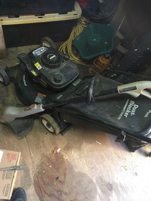 Lawnmower and weedwacker for Sale in Palmdale, CA