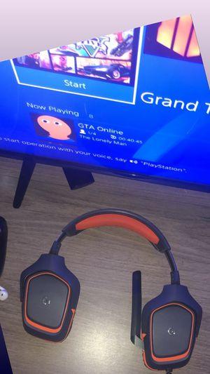 Gaming headphones for Sale in Sacramento, CA