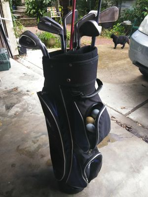 Golf Bag w/ Clubs & Golf Balls for Sale in Houston, TX