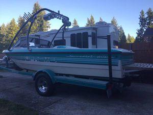 Supreme ski boat for Sale in Seattle, WA