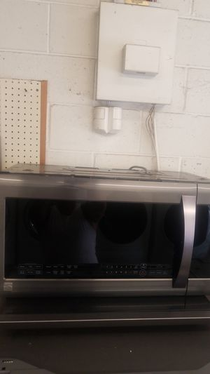 Kenmore elite brand new microwave for Sale in Philadelphia, PA