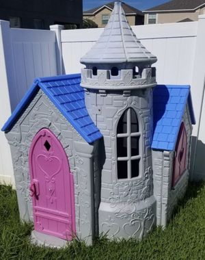 little tikes princess playhouse castle and slide for Sale in Fontana, CA