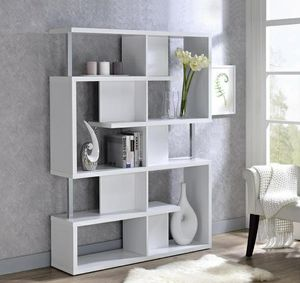 Oleisa White Bookcase MYCO for Sale in Houston, TX