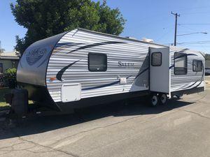 27' Salem travel trailer for Sale in Glendora, CA
